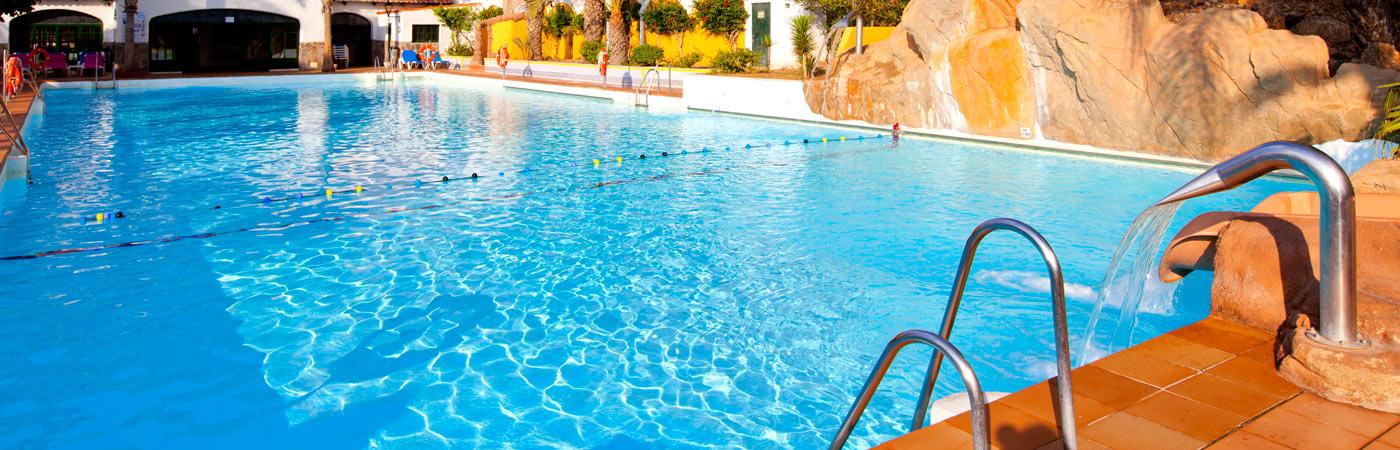 Diverhotel aguadulce 4 aguadulce almer a web oficial for Piscinas almeria