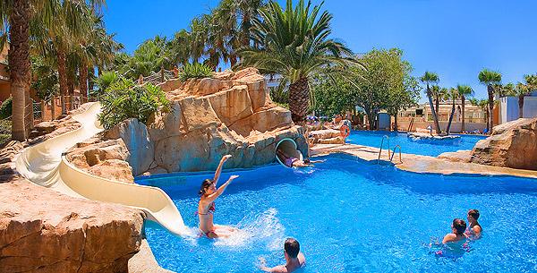 Fotos hotel playacapricho web oficial hotel roquetas de for Hoteles con piscina en almeria